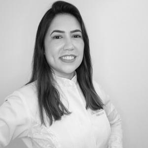 Dra. Natalia Souza Medeiros