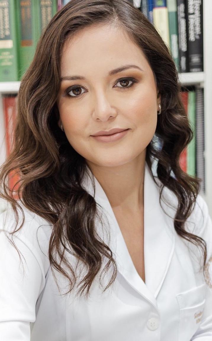 Dra. Suellen Ramos de Oliveira